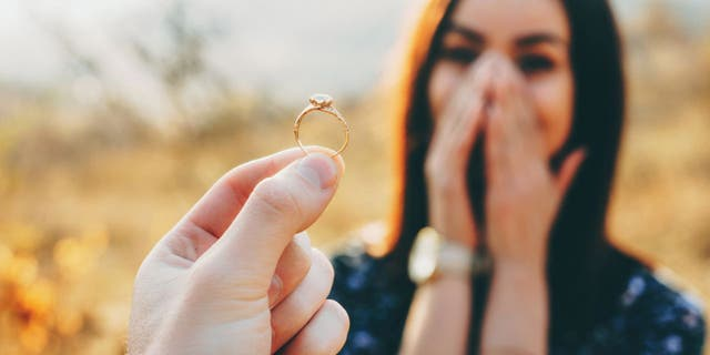 Twenty-one essential workers are going to get proposed to in a memorable way all thanks to The Knot, a leading wedding planning magazine and online resource. (iStock)