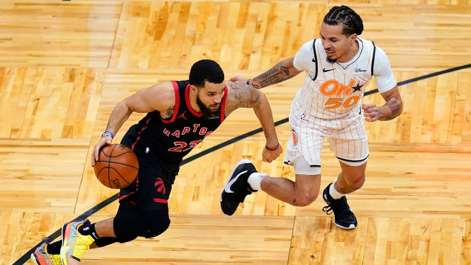 VanVleet sets Raptors mark with 54 in 123-108 win at Orlando