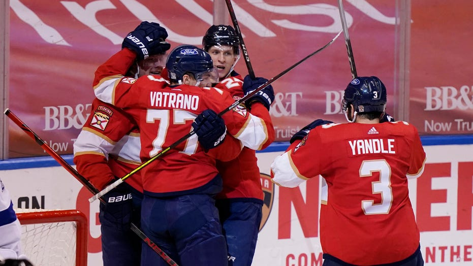 Panthers beat Lightning 5-2 to open 2-game set
