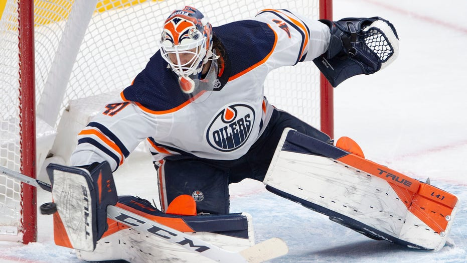 Smith makes 38 saves for 40th shutout, Oilers beat Canadiens