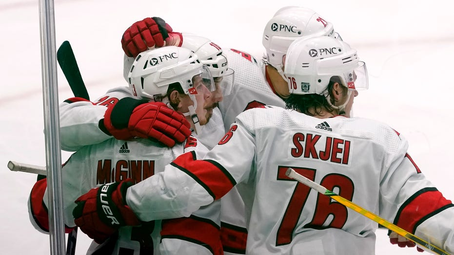 Staal and Aho pace Hurricanes in 5-3 win over Stars
