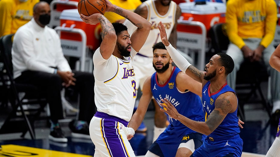 Lakers F Anthony Davis set for MRI on strained Achilles