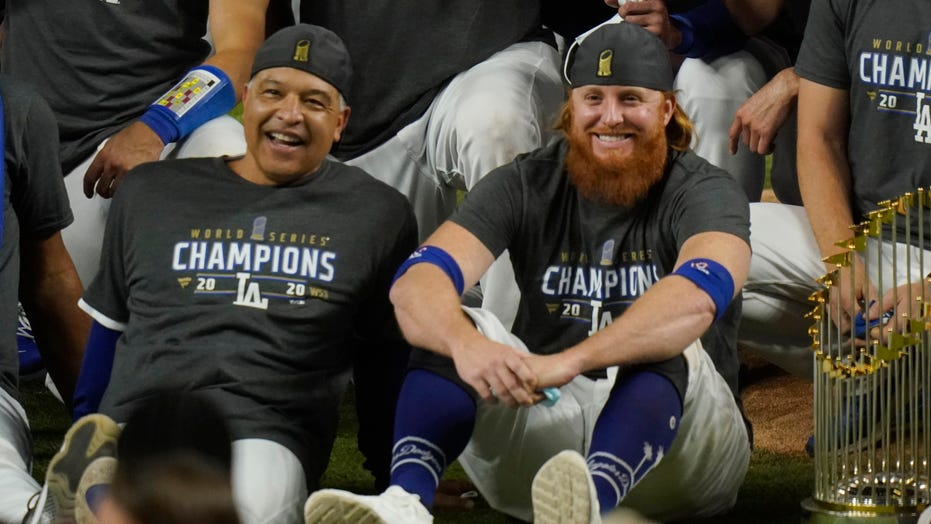 Red beard returns: Turner glad to be back with Dodgers