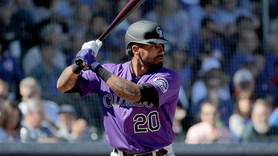 Rockies OF Ian Desmond opts out for 2nd straight season