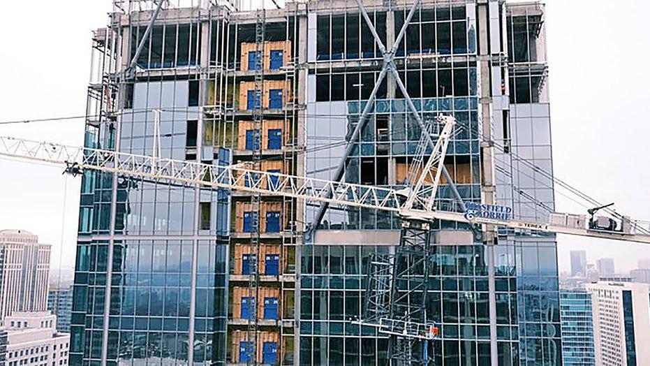 Loose crane in Atlanta triggers evacuation, road closure