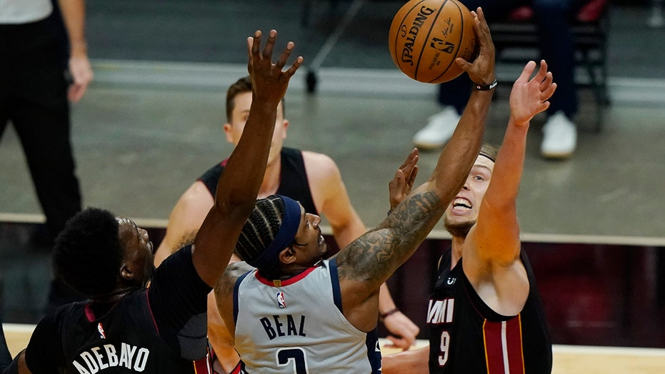 Beal starts 0 for 13, Heat roll past Wizards 122-95