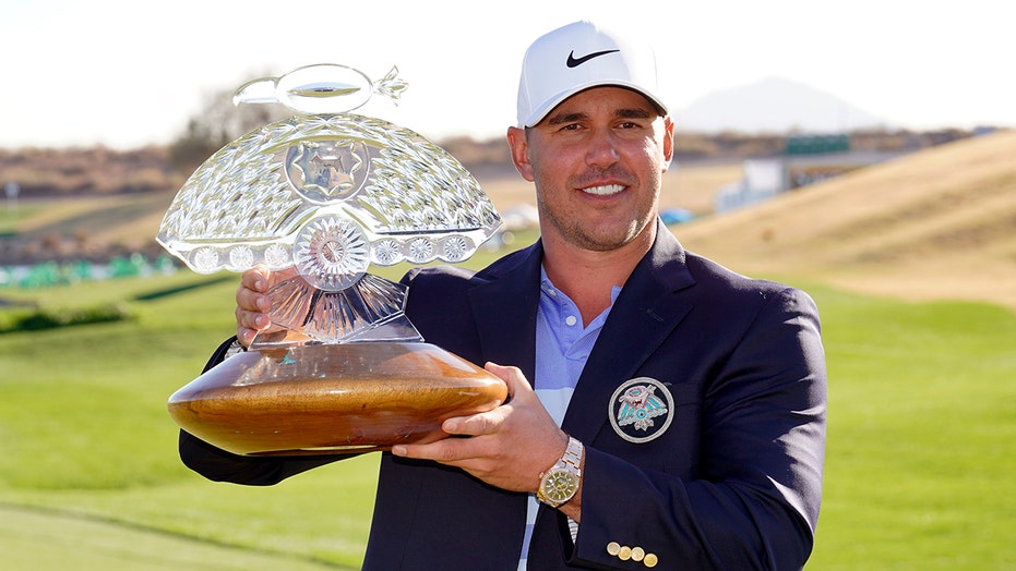 Healthy again, Koepka eagles 17, rallies to win Phoenix Open