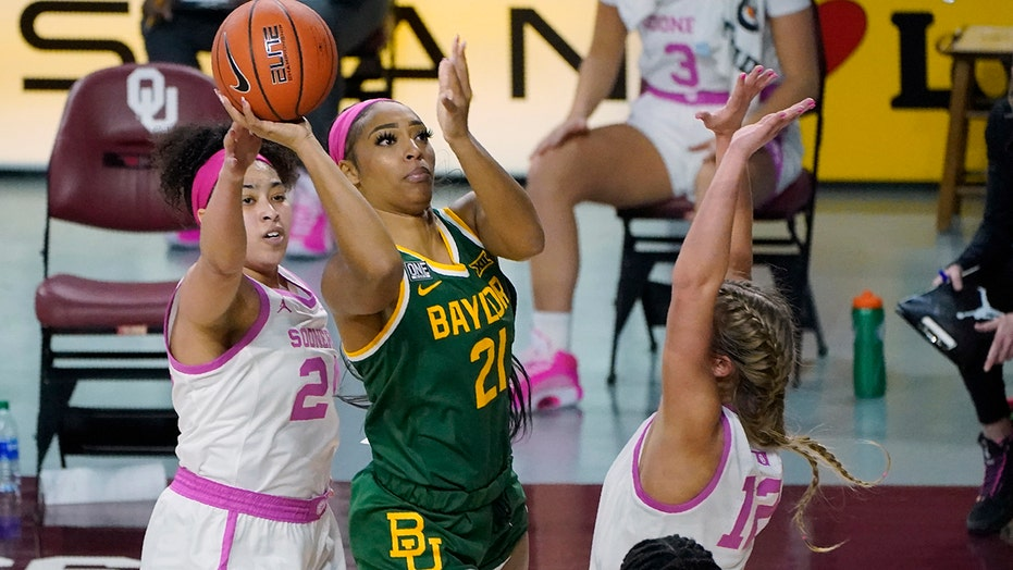 Carrington's 19 points lead No. 7 Baylor past Oklahoma