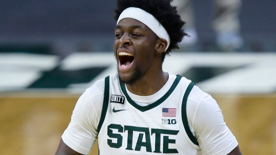 Michigan St beats No. 4 Ohio St 71-67, improves NCAA resume