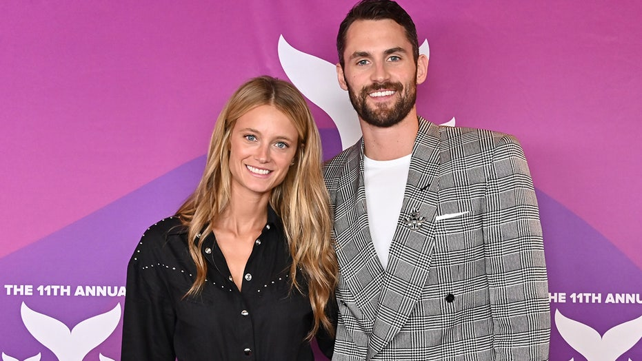 Sports Illustrated Swimsuit model Kate Bock engaged to NBA star Kevin Love: 'Heart bursting all day and night'