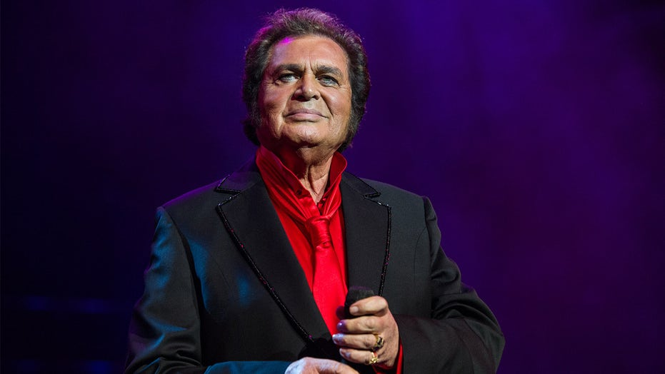 Engelbert Humperdinck pleads for prayers as singer, wife battle the coronavirus: 'Our hearts are breaking'