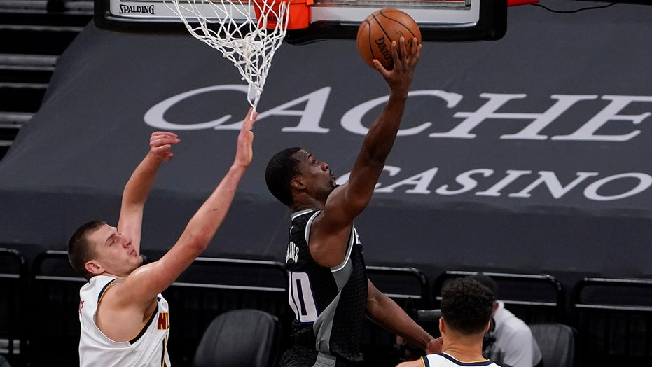 Jokic scores 50 but Nuggets tripped up by Kings 119-114