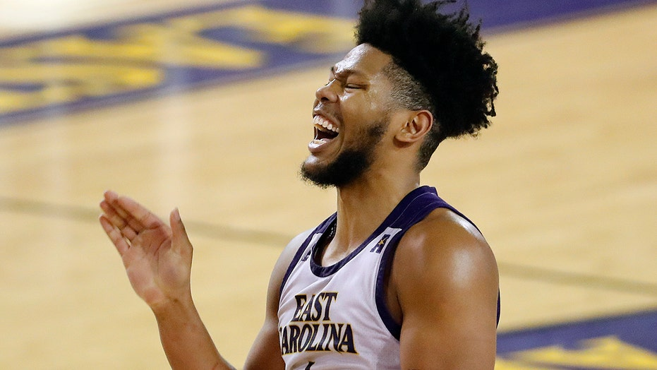 East Carolina shocks No. 5 Houston behind Jayden Gardner's 21 points