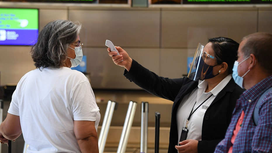 Pre-flight coronavirus testing would be more effective than current screening measures, Harvard study finds