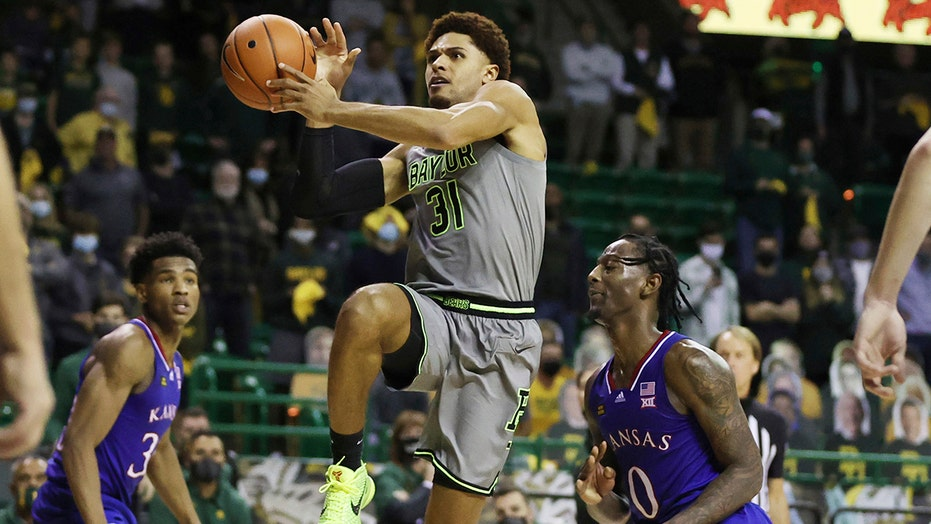 Redshirted rosters: No. 2 Baylor benefits from extra years