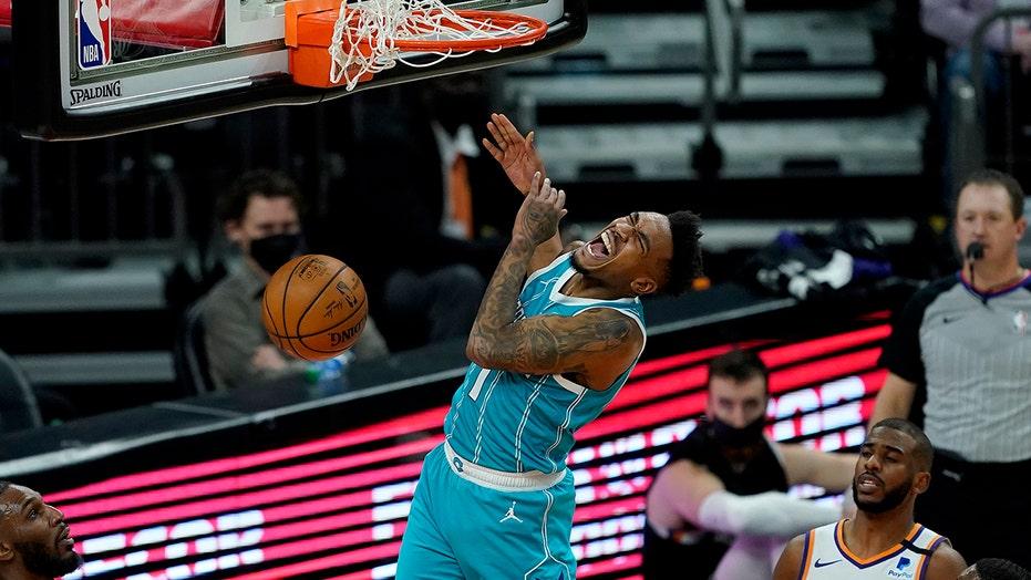 Malik Monk scores 29 points, Hornets cool off Suns 124-121