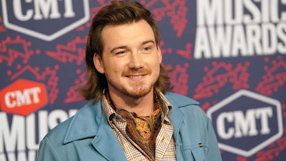 Morgan Wallen will likely face two-year career 'setback' after 'lethally stupid' N-word video, expert says