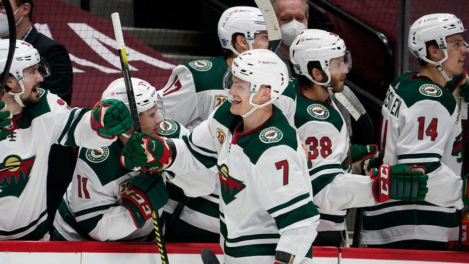Sturm scores twice, Wild beat Avs 6-2 for 4th straight win