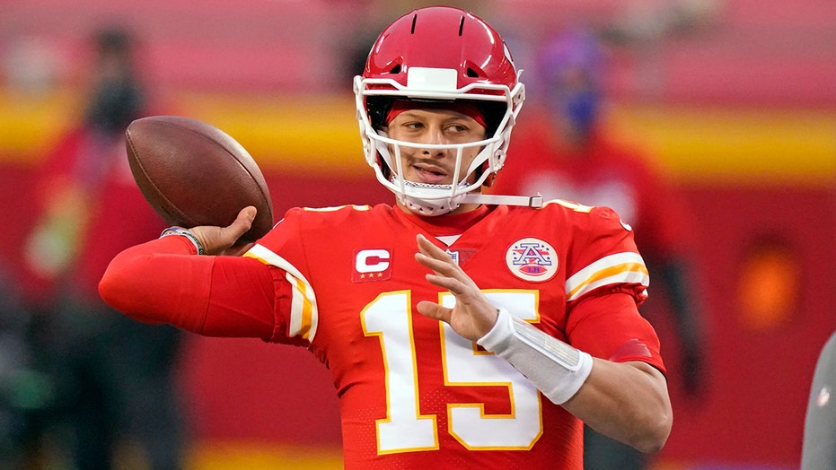 Chiefs' Tyreek Hill offers scary assessment of Patrick Mahomes' practice performance ahead of Super Bowl LV