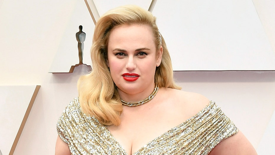 Rebel Wilson living it up at Super Bowl 2021 alongside 'Pitch Perfect' co-star