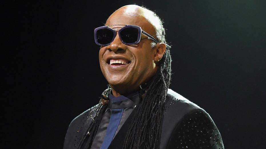 Stevie Wonder tells Oprah he's leaving US for Ghana — permanently