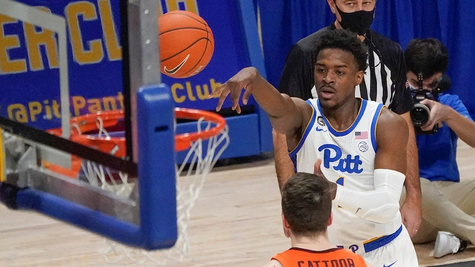Johnson ends slump, Pitt tops No. 16 Virginia Tech 83-72