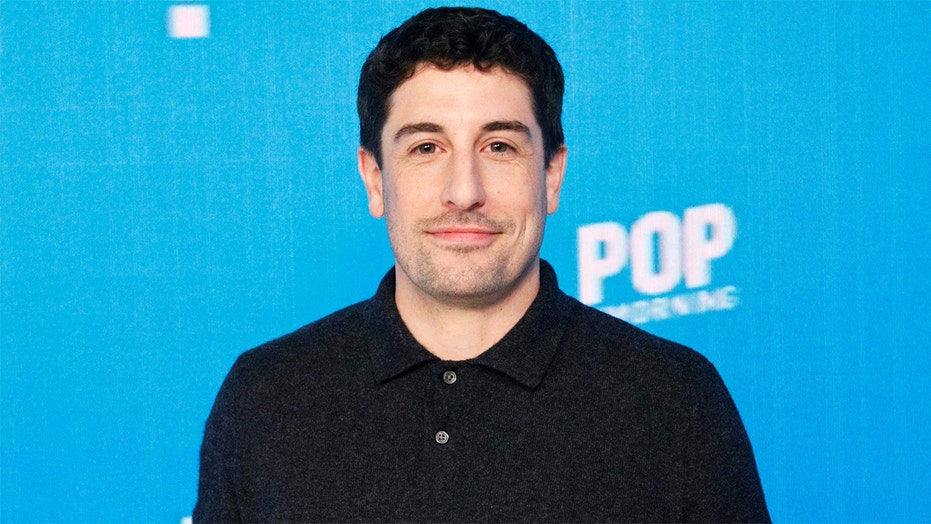 Jason Biggs reveals he turned down 'How I Met Your Mother' lead role: 'It's my biggest regret'