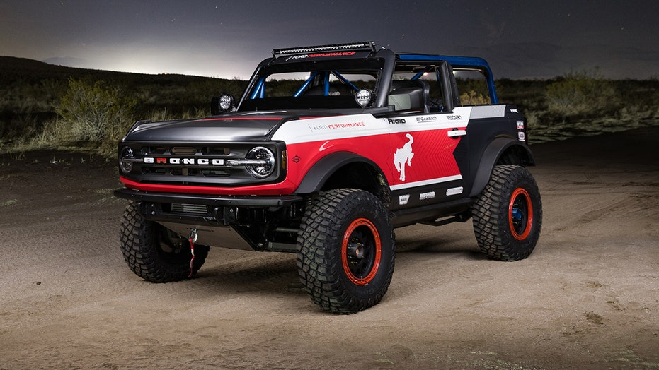 Extreme Ford Bronco build is ready to race on the rocks