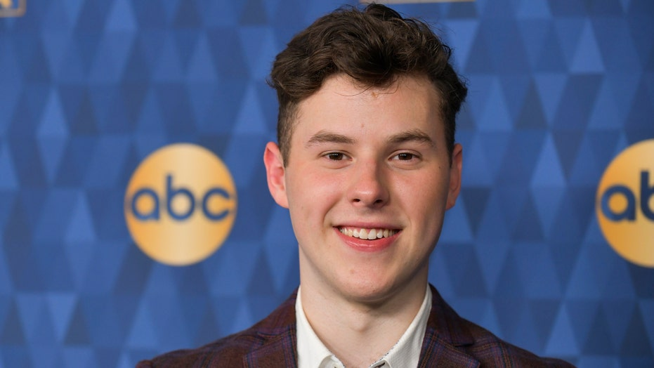 'Modern Family' star Nolan Gould reveals very muscular physique