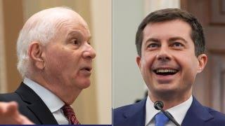 Sen. Joni Ernst on Democrat's hot mic remark: 'It's a sorry state' for bipartisanship