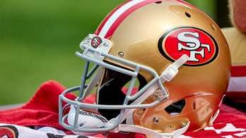 49ers acquire No. 3 pick with Jimmy Garoppolo's future cloudy: report