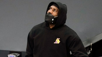 LeBron James' ankle injury could force him to miss about 1 month of the season: report