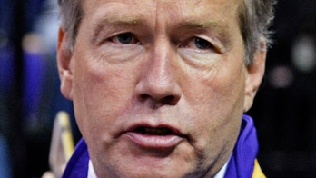 Oregon State president out for handling of cases at LSU