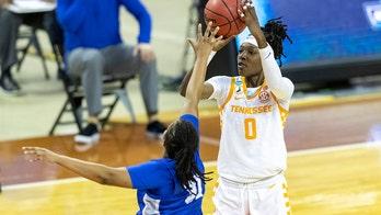 Tennessee overcomes MTSU upset bid in 2nd half, wins 87-62