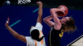 Michigan women reach Sweet 16 for first time, beat Tennessee