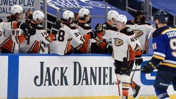 Steel, Jones lead Ducks to 4-1 win over Blues