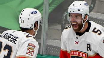 Panthers' Aaron Ekblad stretchered off the ice with leg injury vs. Stars