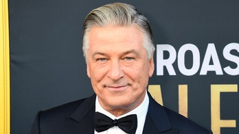 Alec Baldwin deactives Twitter account: 'Onward with Instagram'