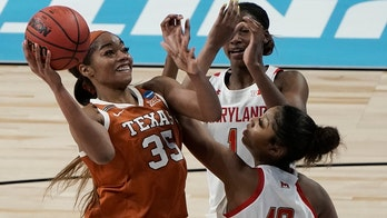 Texas slows Maryland, gets to Elite Eight with 64-61 win