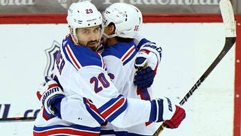 Kreider's 2nd hat trick in 5 games lifts Rangers past Devils