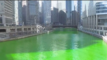 Chicago delivers St. Patrick's Day surprise, as river runs green again