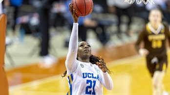Onyenwere leads third-seeded UCLA past Wyoming 69-48