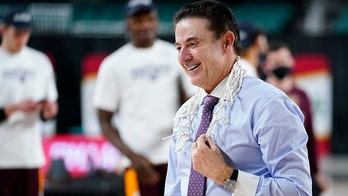 Rick Pitino back in NCAA Men's Basketball Tournament with 5th team