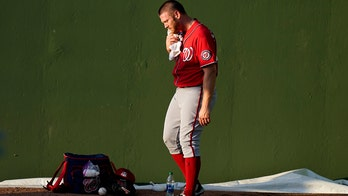 Strasburg leaves start early with leg issue; 'nothing major'