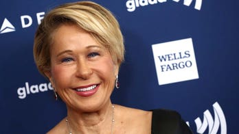 'The Simpsons' star Yeardley Smith reflects on show's 700th episode: It 'can never get old'