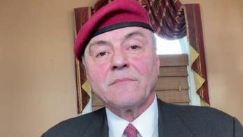 NYC GOP mayoral candidate Curtis Sliwa pledges to 'refund the police'