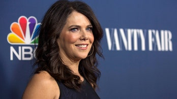 Lauren Graham has a 'Gilmore Girls' clause in all of her contracts in case the show returns