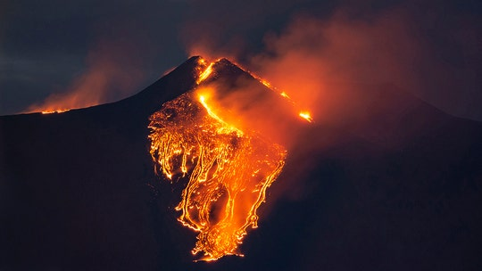 Italy's Mount Etna sees spectacular explosion in the latest eruption