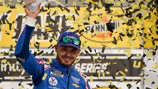 Kyle Larson wins first NASCAR Cup Series race since returning from suspension