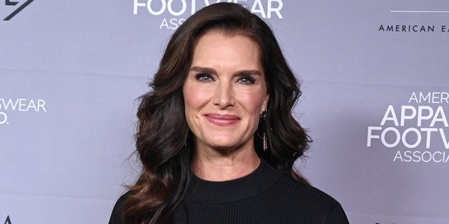 Brooke Shields flew off a balance board in a <u>New York City</u> gym and landed in such a way that it shattered her thigh bone.